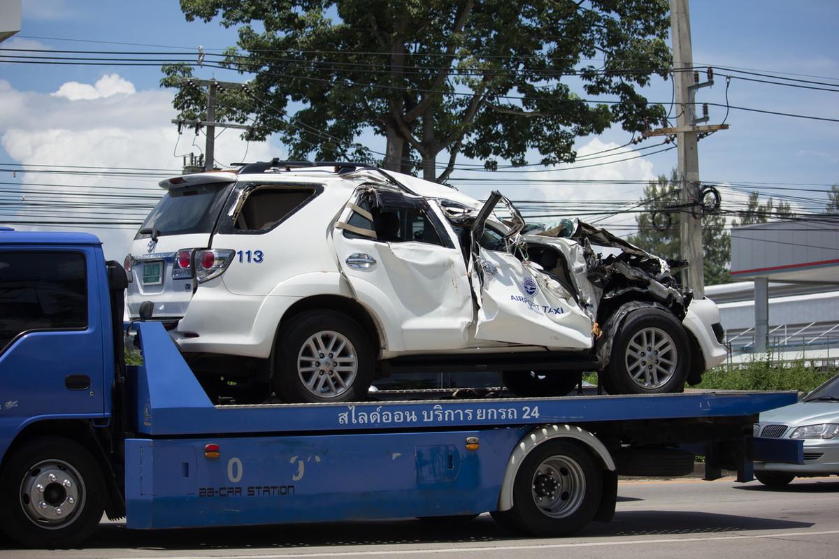 事故車レッカー